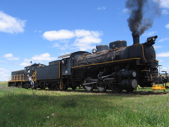 click to enlarge: #29 on the main line and belching smoke!