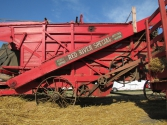 pv2013-210-img_1341_horse_theshing_oats_side_machine