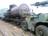 09/18/15 Lifting tank off rail car