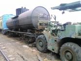 09/18/15 Lifting tank off rail car