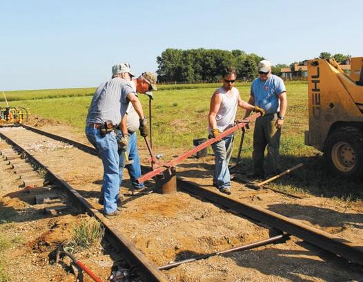 Rauch praises volunteers' work to repair rails at Railroad Days